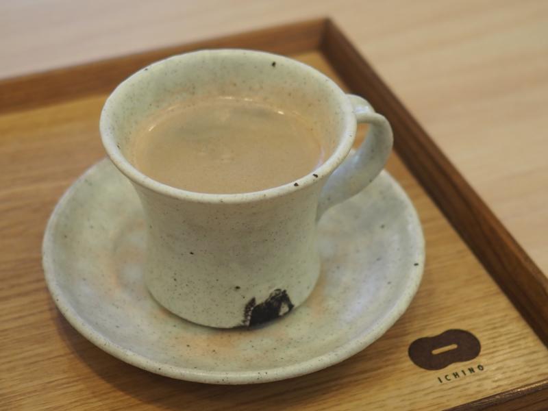 常滑焼のコーヒーカップ